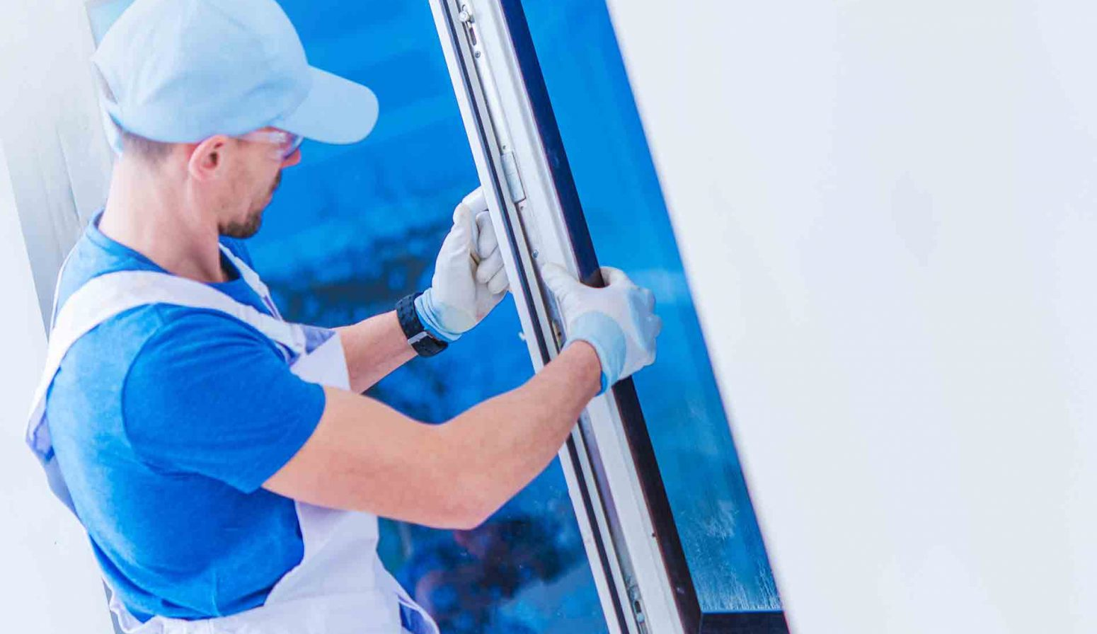 How Do You Know When It's Time to Replace Windows?